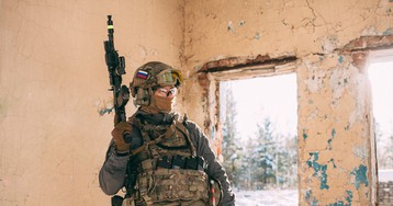 ФСБ пресекла деятельность нескольких ячеек экстремистов, заманивающих россиян в секту