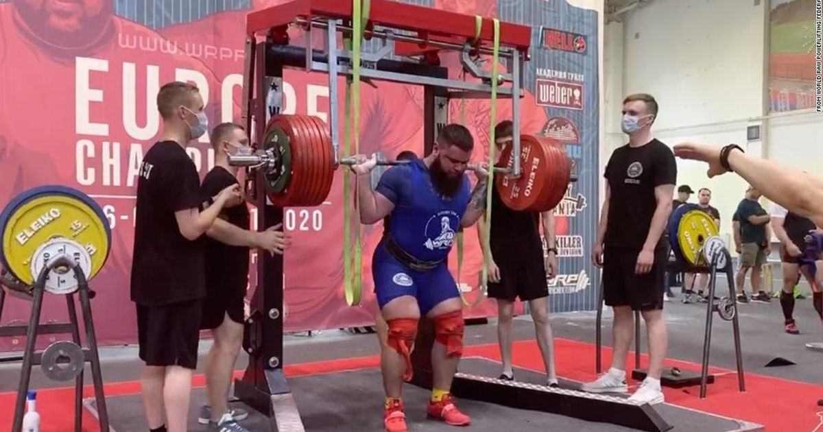 Russian power lifter fractures both knees while attempting to squat nearly 900 pounds
