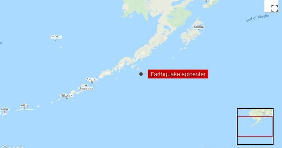 Small tsunami generated by magnitude 7.5 earthquake that prompted evacuation orders