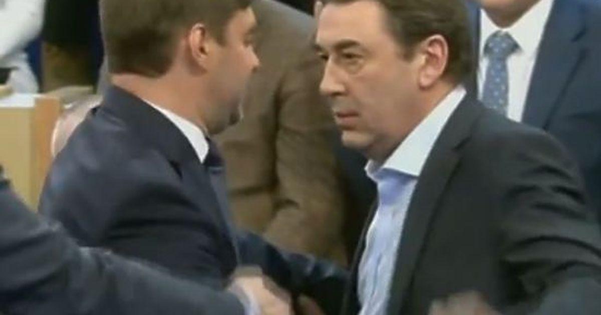 """Фото Экс-министр экономики Нечаев — о драке с Железняком: """"Если он продолжит, буду поступать так же"""""""