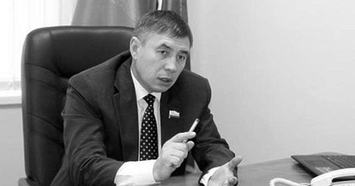 Фото О чем не упомянул в декларации  новый лидер единороссов Госсовета ЧР
