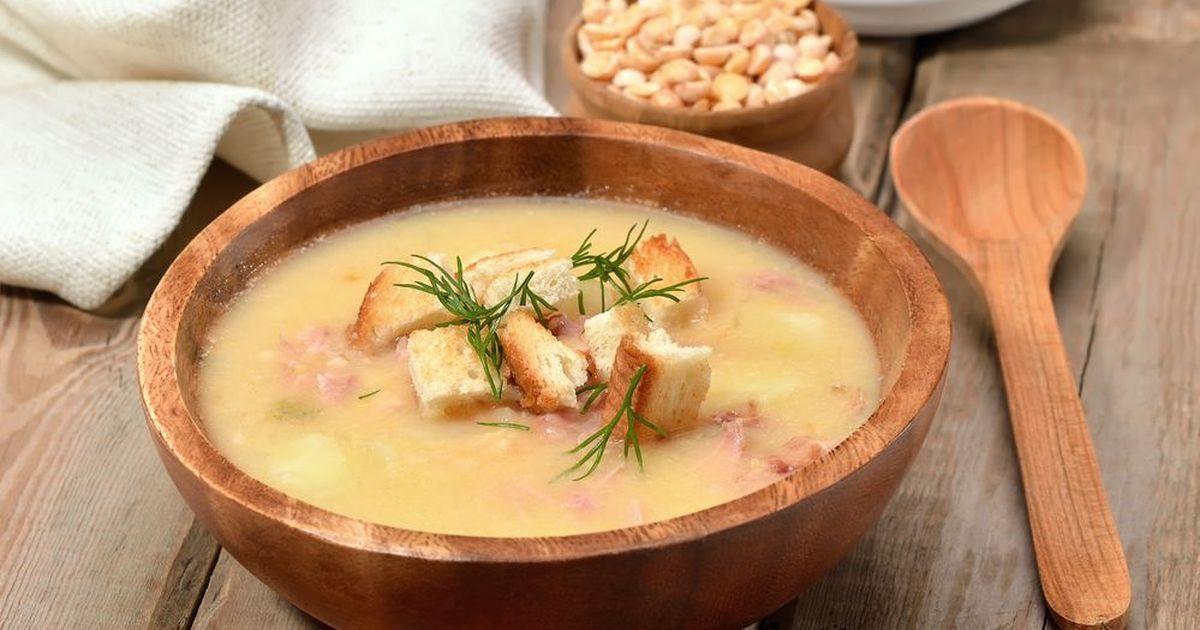 Фото Гороховый суп с копченостями и гренками