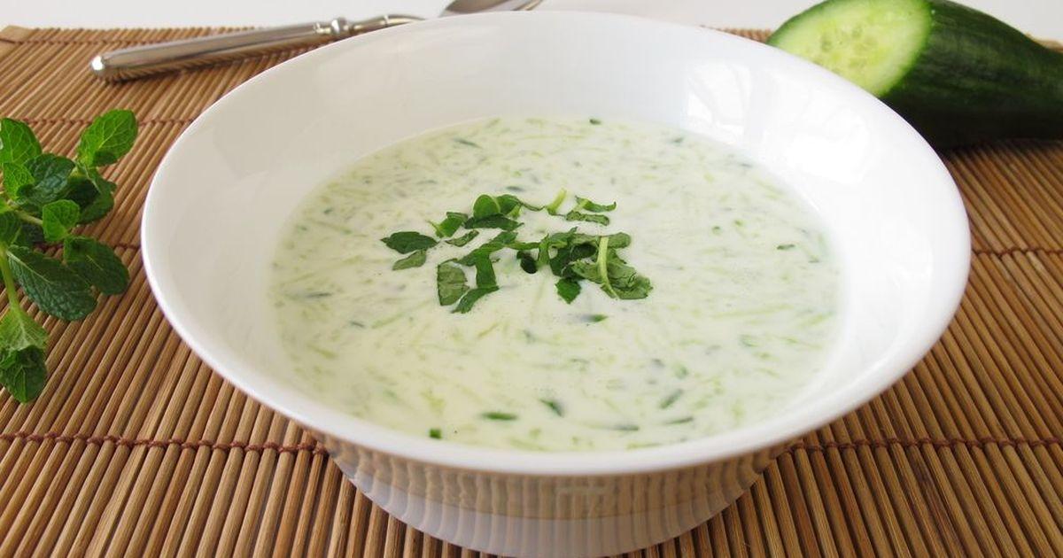 Фото Холодный огуречный суп с мятой
