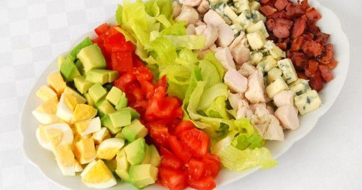 Фото Кобб салат – одно из самых популярных и вкусных блюд американской кухни.