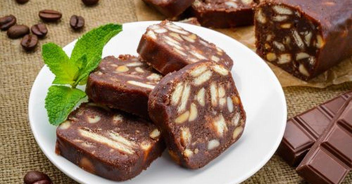 Фото Шоколадная колбаска - это рецепт вкусного лакомства, который мы помним с детства. Приготовить ее может каждый.