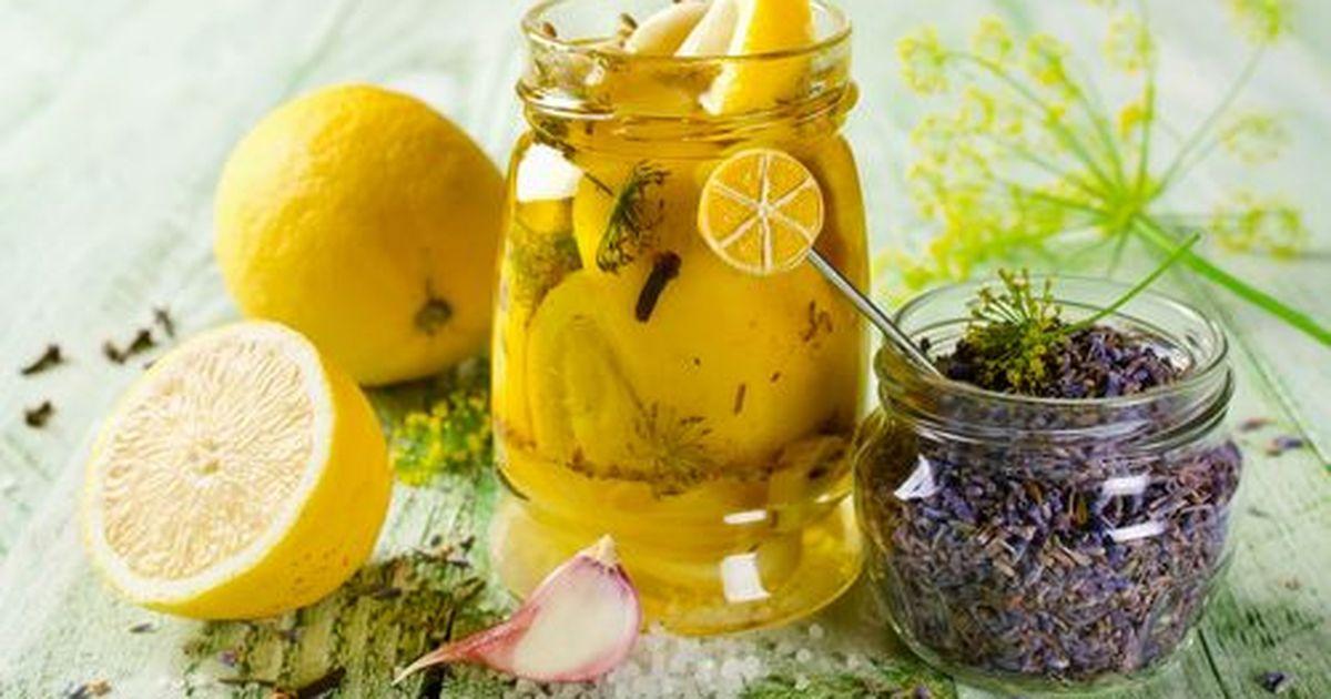 Фото Это что-то неземное и удивительно вкусное. Маринованный лимон, приправленный рубленной зеленью и растительным маслом поистине превозносит до небес, от полноты вкусовых ощущений и аромата. Блюдо для настоящих гурманов. Сделайте свою кухню более себе
