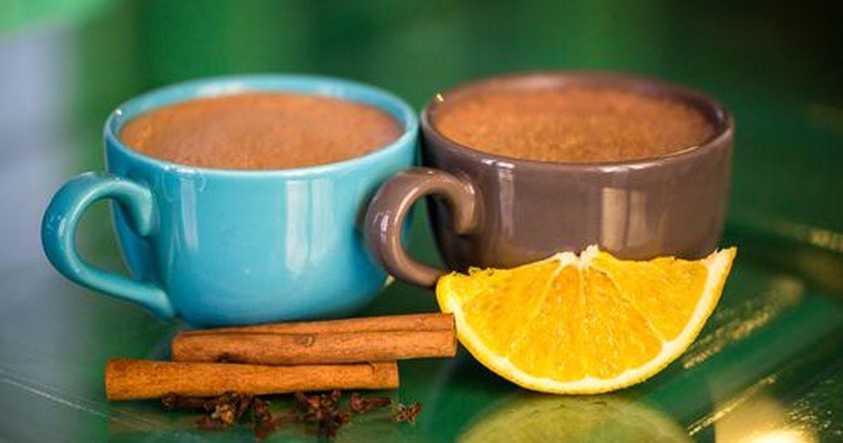 Фото Горячий шоколад с корицей и апельсином
