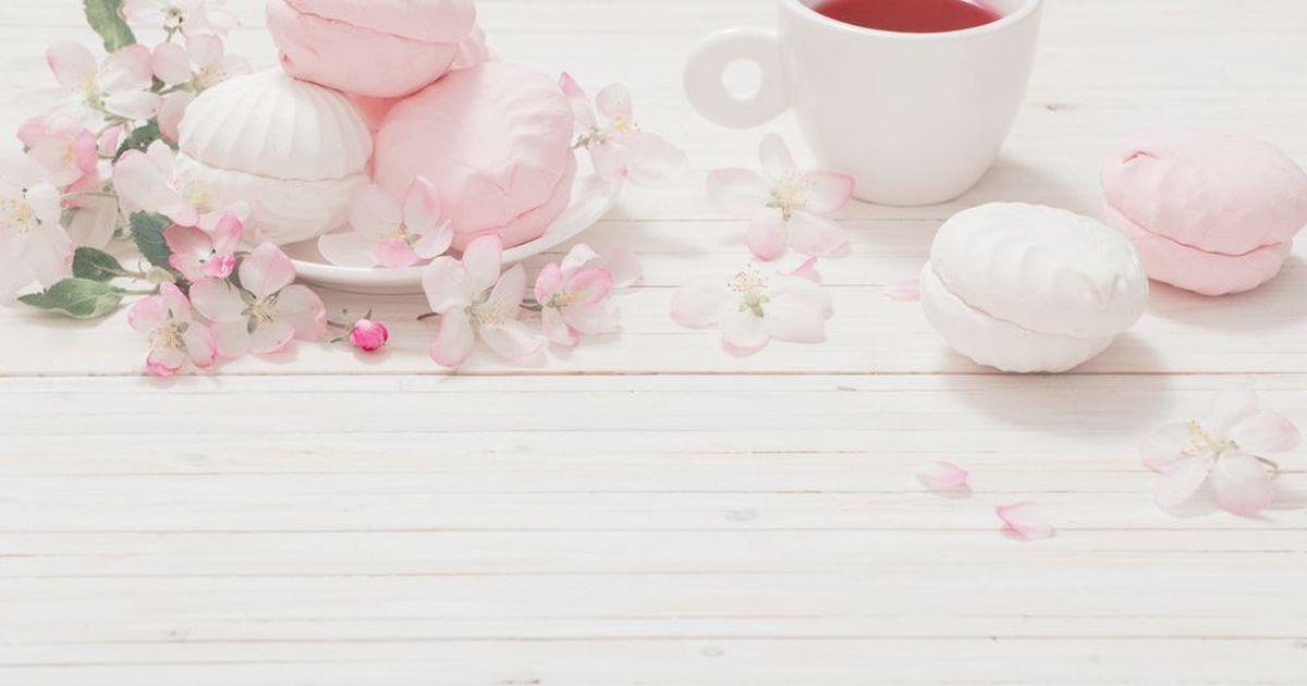 """Фото Любителям зефира посвящается! Нежные розовые """"облака"""" из крема на вашем чаепитии!"""