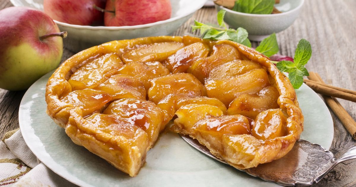 Фото Классический тарт татен с яблоками