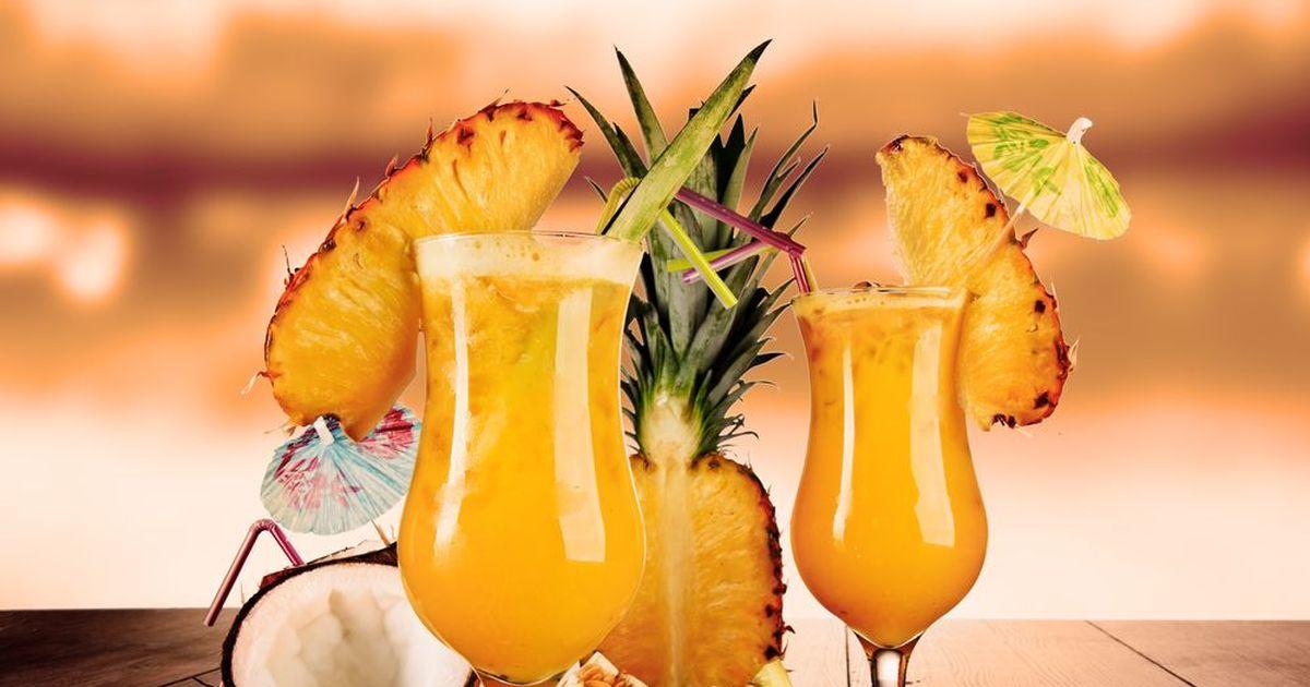 Фото Алкогольный коктейль с ананасами