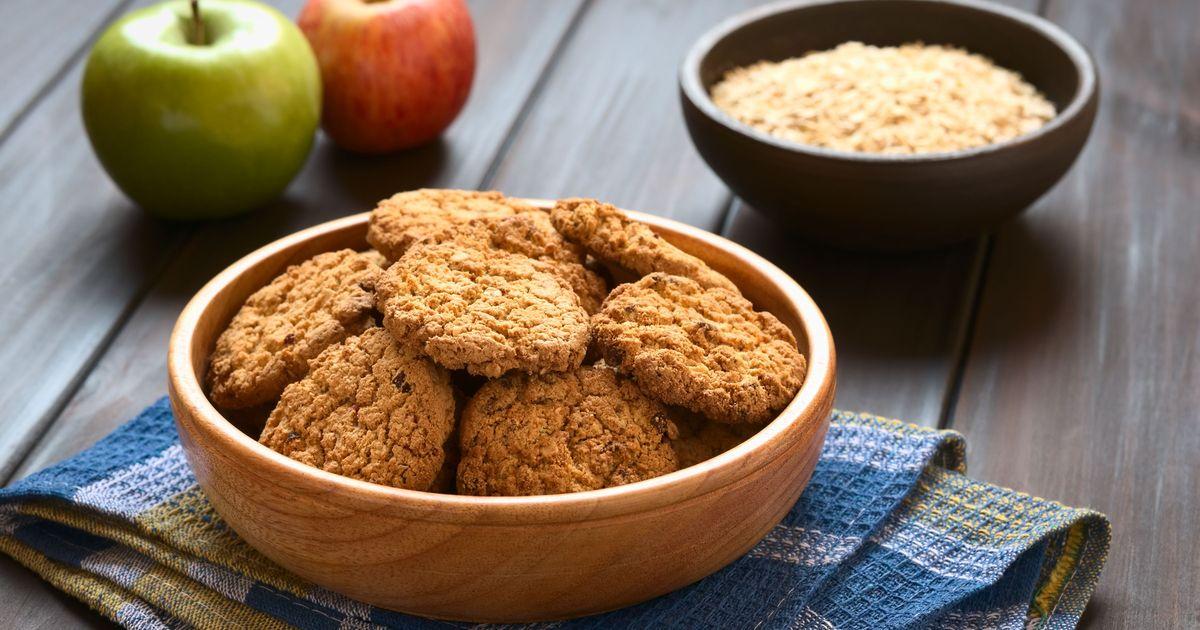 Фото Творожно-овсяное печенье с яблоком