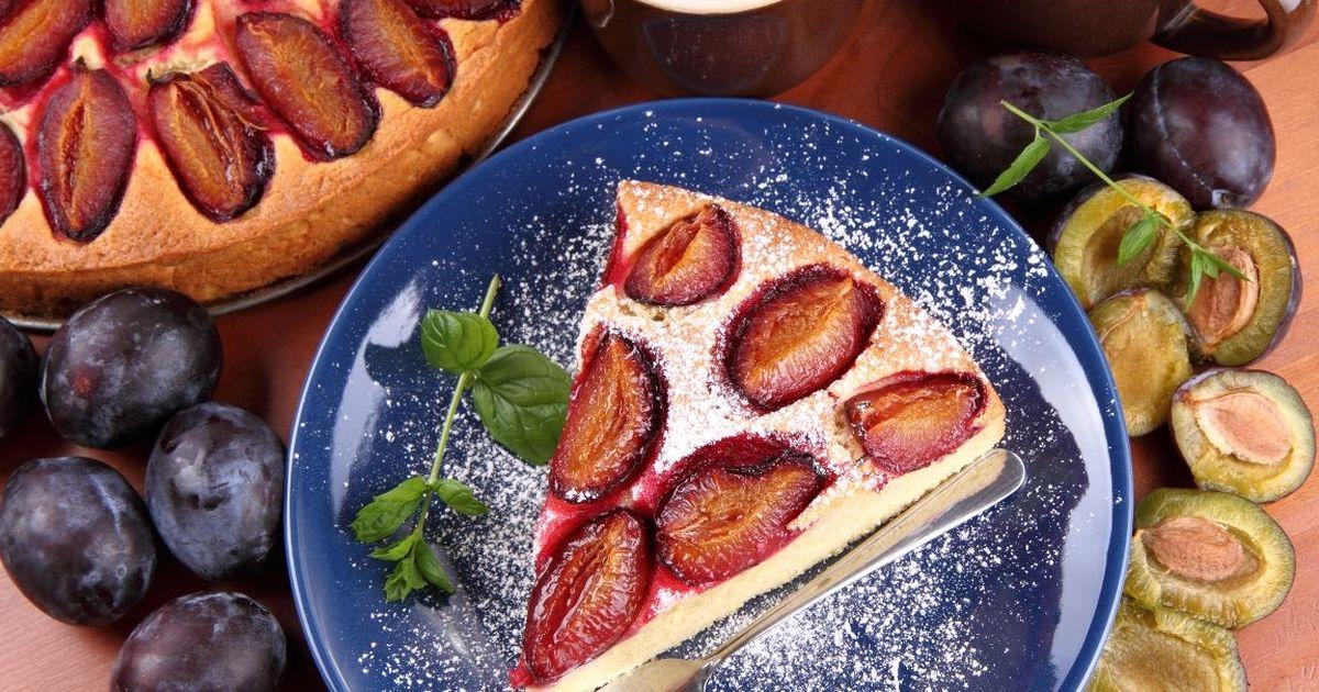 Фото Вкуснейший пирог со сливами