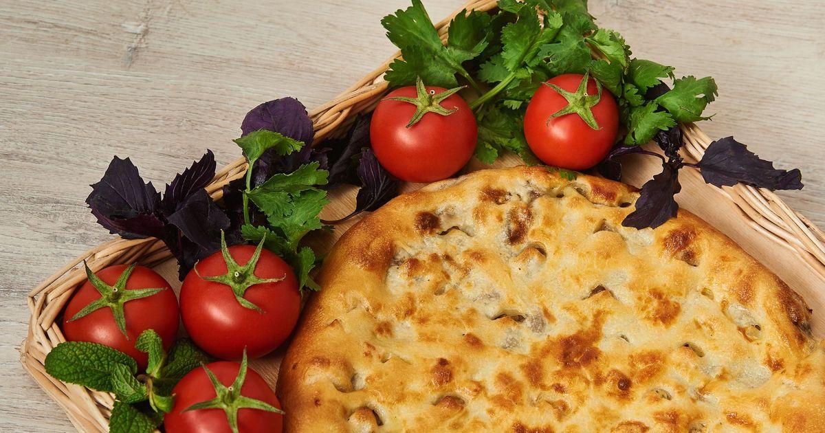 Фото Кубдари - грузинский мясной пирог