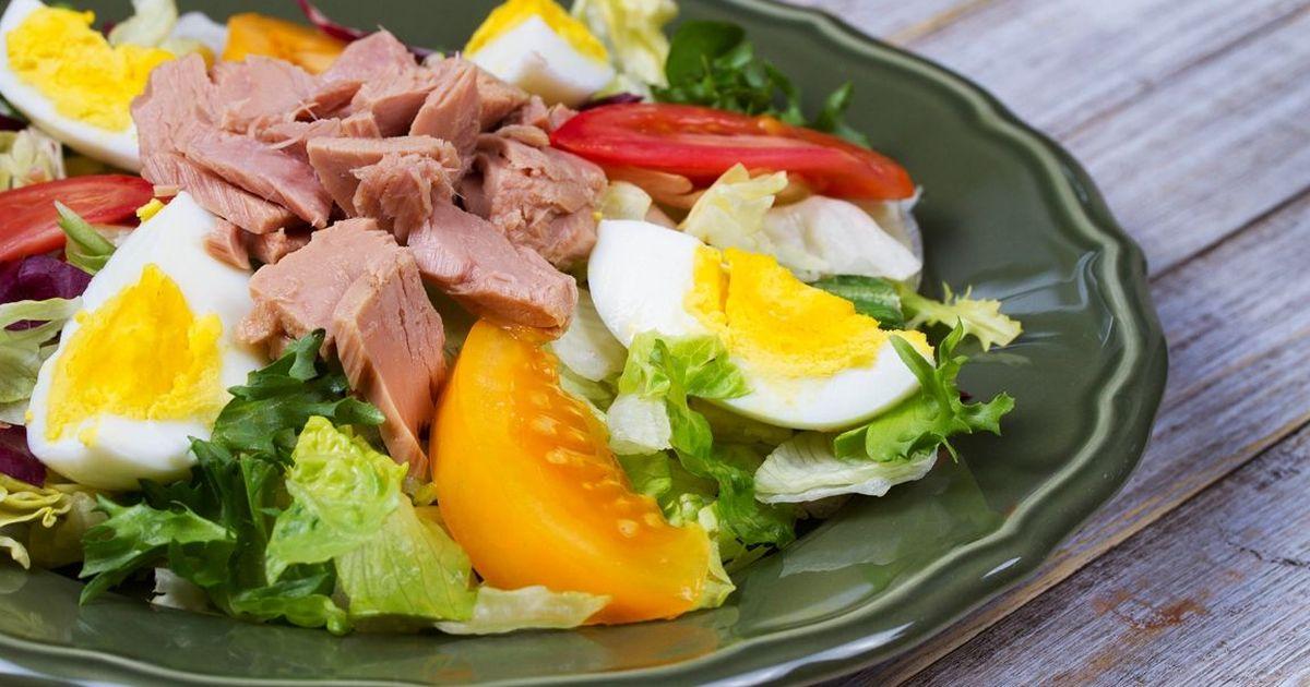 Фото Аппетитный салат с тунцом