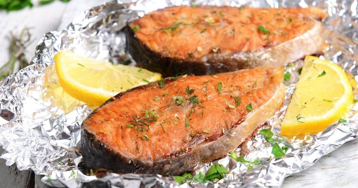 Фото Аппетитная рыба, запеченная в фольге