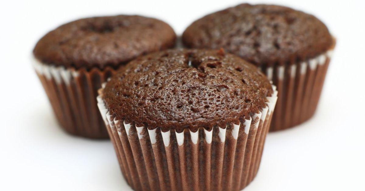Фото Вкуснейшие шоколадные маффины с заварным кремом