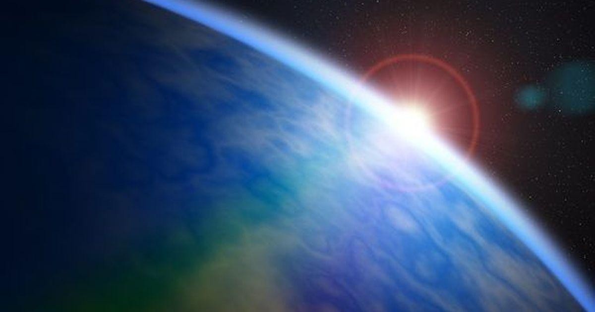 """Фото Обнаружена уникальная экзопланета с """"водяной"""" атмосферой"""