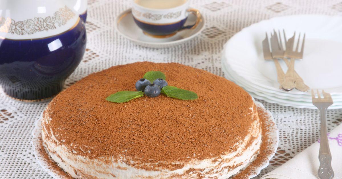 Фото Быстрый творожный торт на сковороде