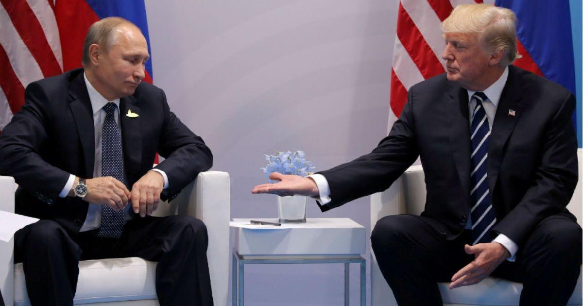 Фото Дзюдоист против спекулянта. Почему Путин избегает встречи с Трампом
