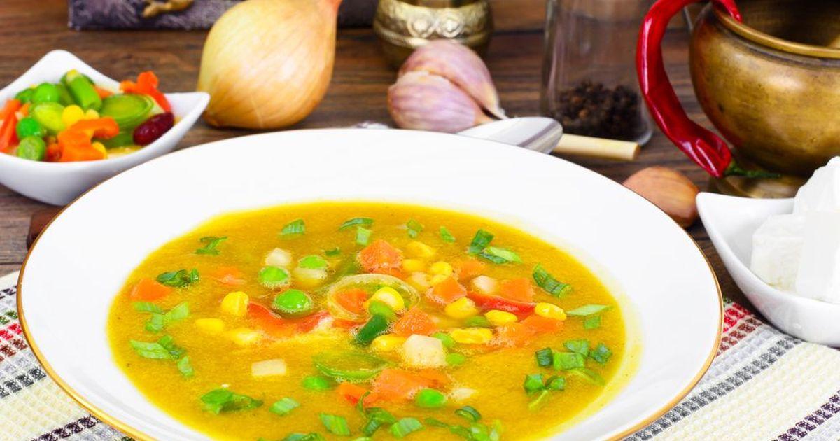Фото Летний суп с молодым горошком и кукурузой