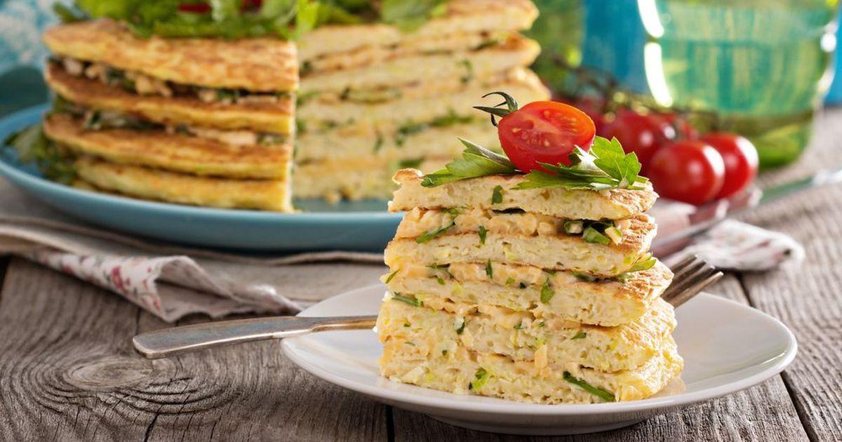 Фото Кабачковый торт с сыром и чесноком