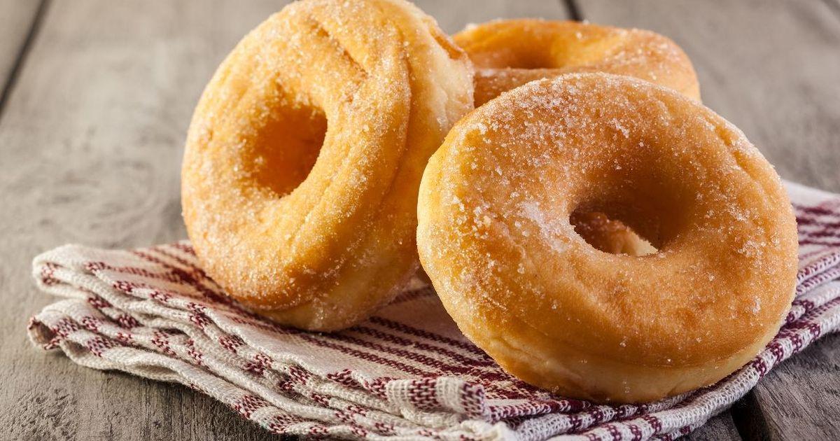 Фото Вкуснейшие пончики на кефире за 15 минут
