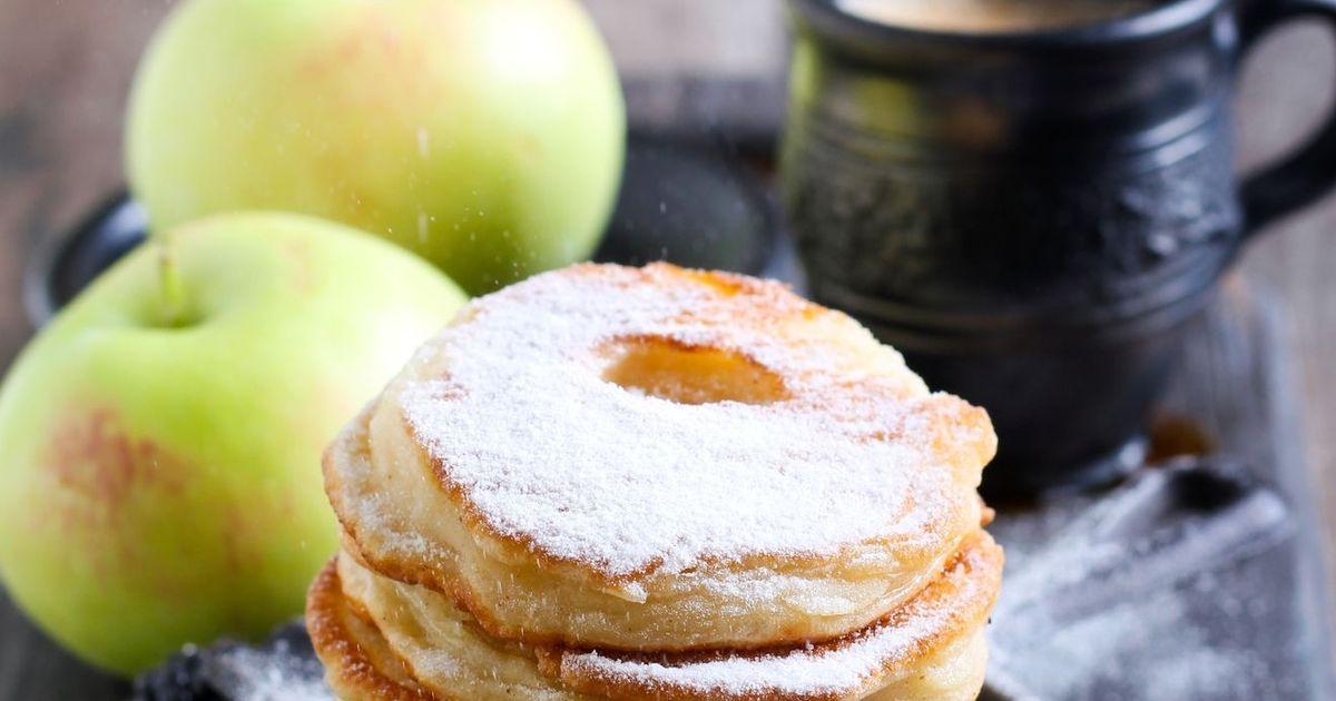 Фото Домашние яблочные оладьи