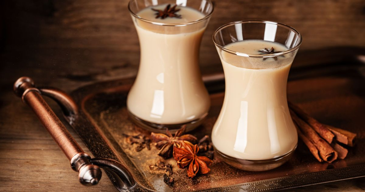 Фото Масала чай с молоком и специями
