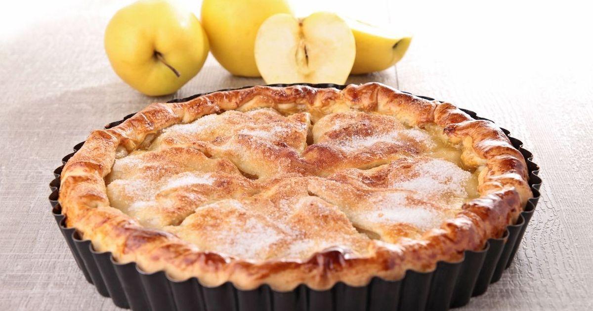 Фото Классический яблочный пирог