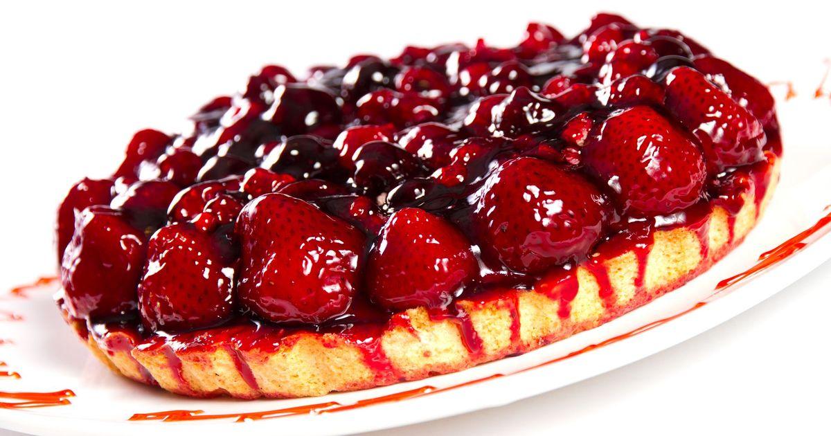 Фото Пирог на творожной основе с ягодами