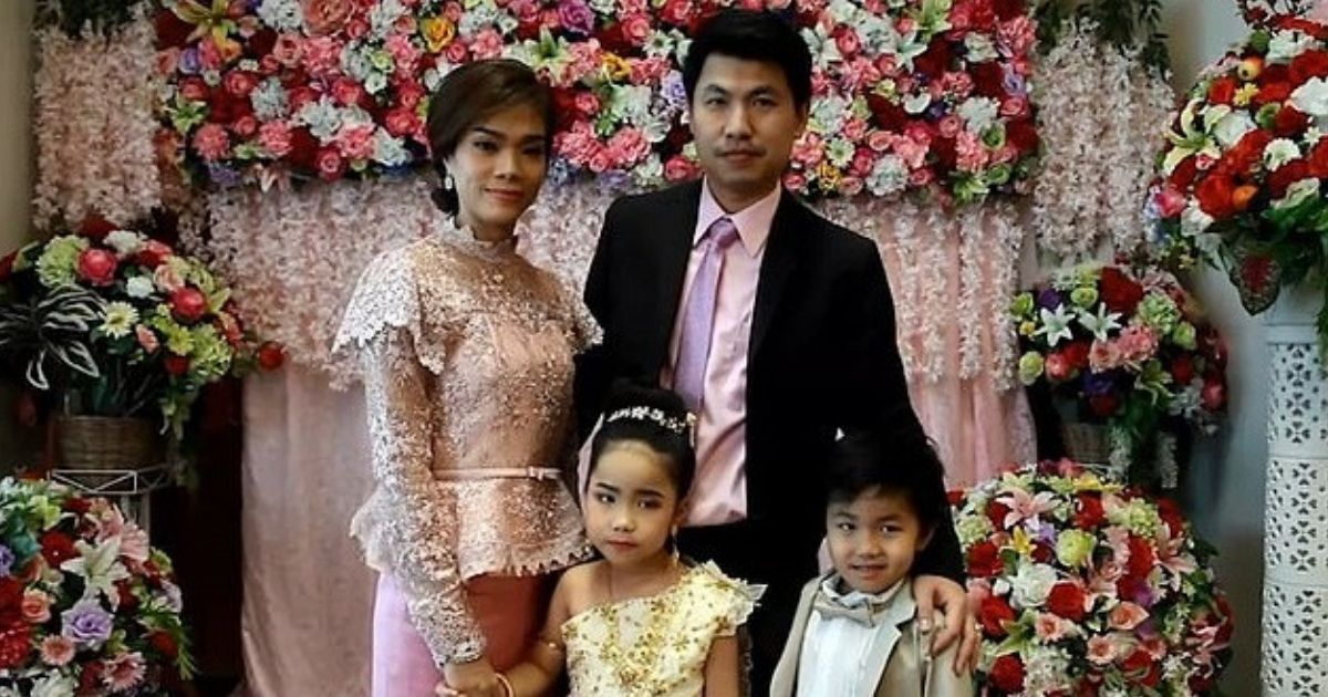 Фото Свадьба брата и сестры: в Таиланде провели церемонию для шестилетних детей