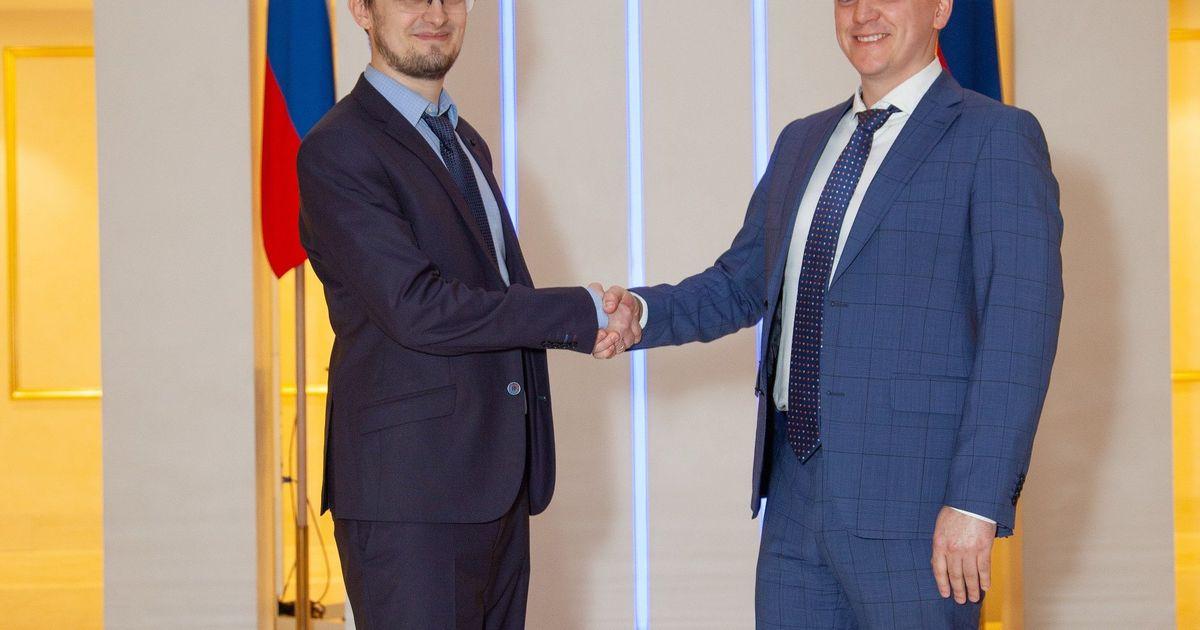 Фото В Совете Федерации РФ завершилось обучение 7 потока юристов цифровой экономики программы дополнительного образования BCL