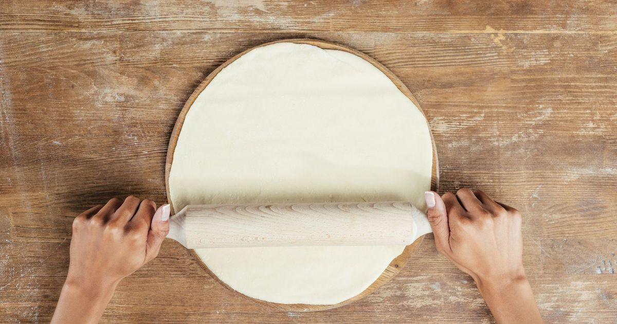 Фото Универсальное дрожжевое тесто для пиццы