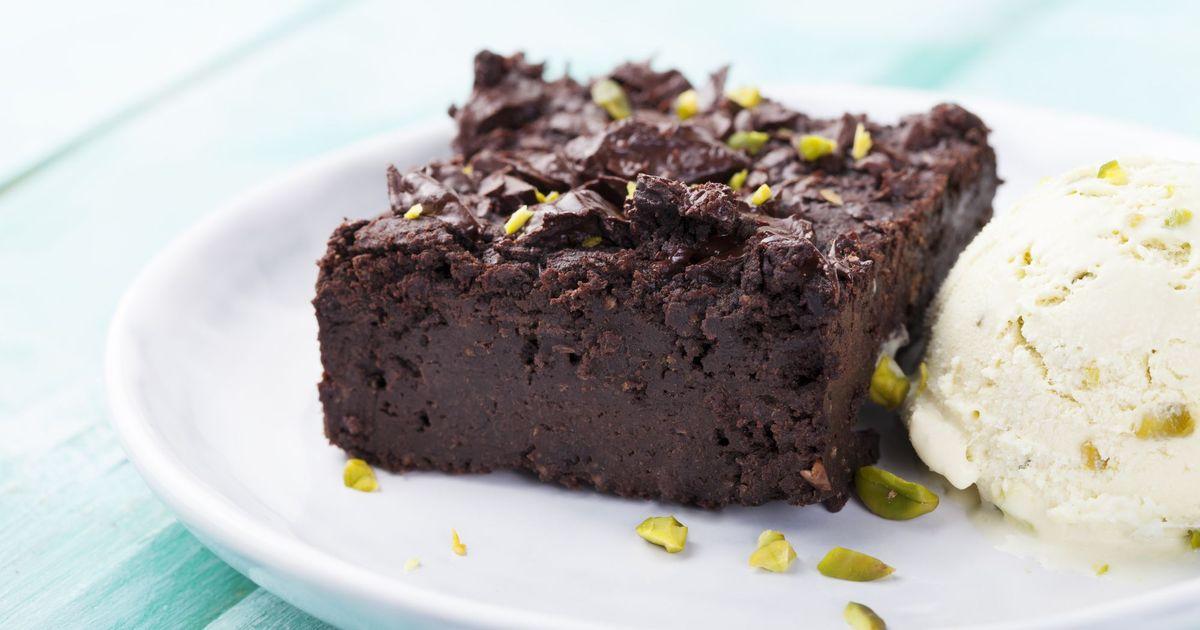 Фото Шоколадный брауни с фисташками