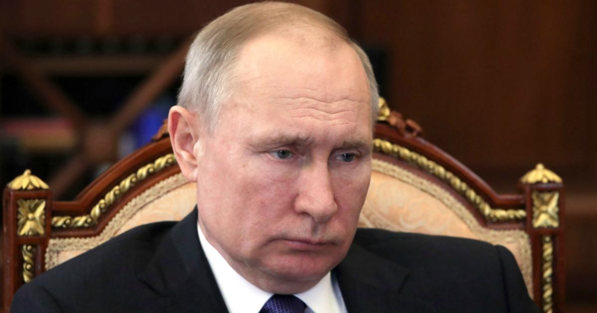 Фото Путин скучает на самоизоляции - пресс-служба Кремля