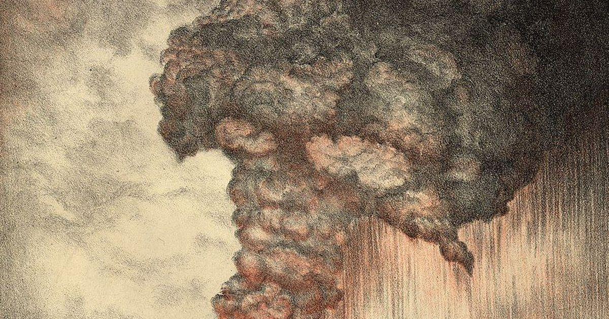 Фото Извержение вулкана Кракатау иконец света всети (про большие глаза страха)