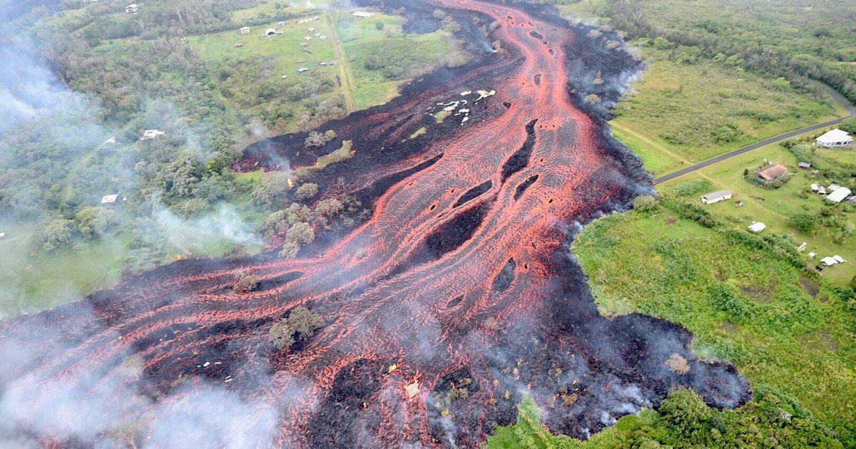 """Фото Не """"эффект бабочки"""", но рядом: как ливень может привести кизвержению вулкана"""