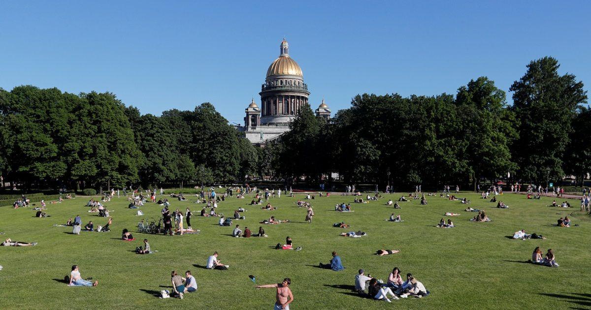 Фото Июнь в Петербурге поставил 10-летний рекорд по смертности