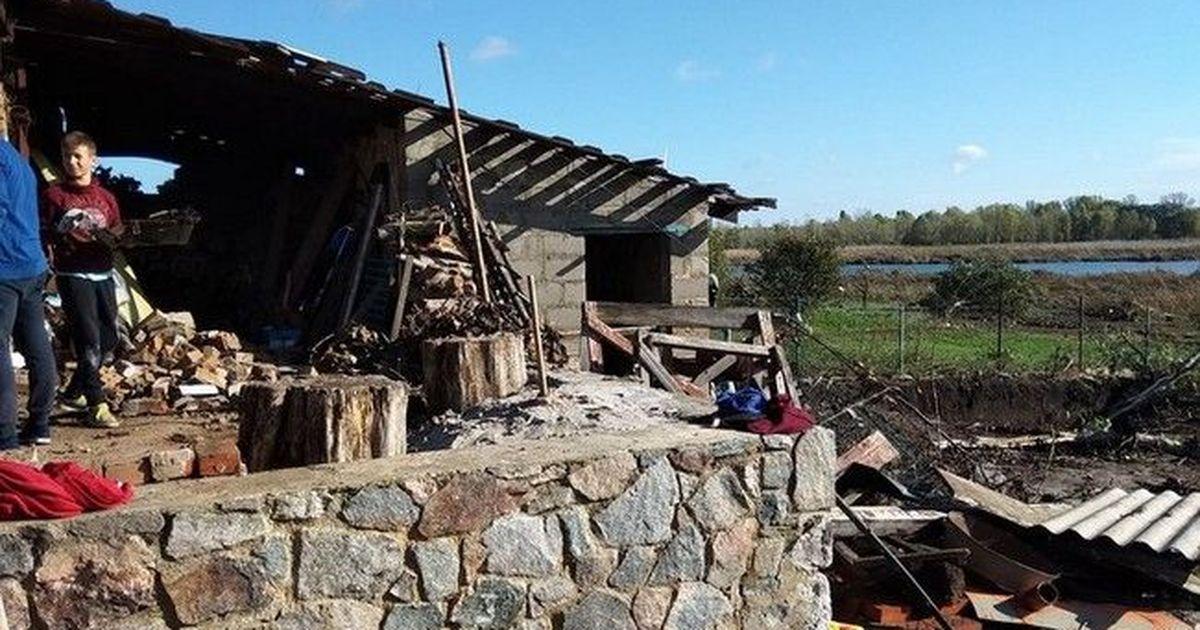 Фото Люди остались без крыши над головой: фото и видео последствий урагана в Кропивницком