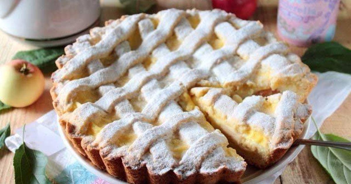 Фото Яблочный пирог с нежным кремом