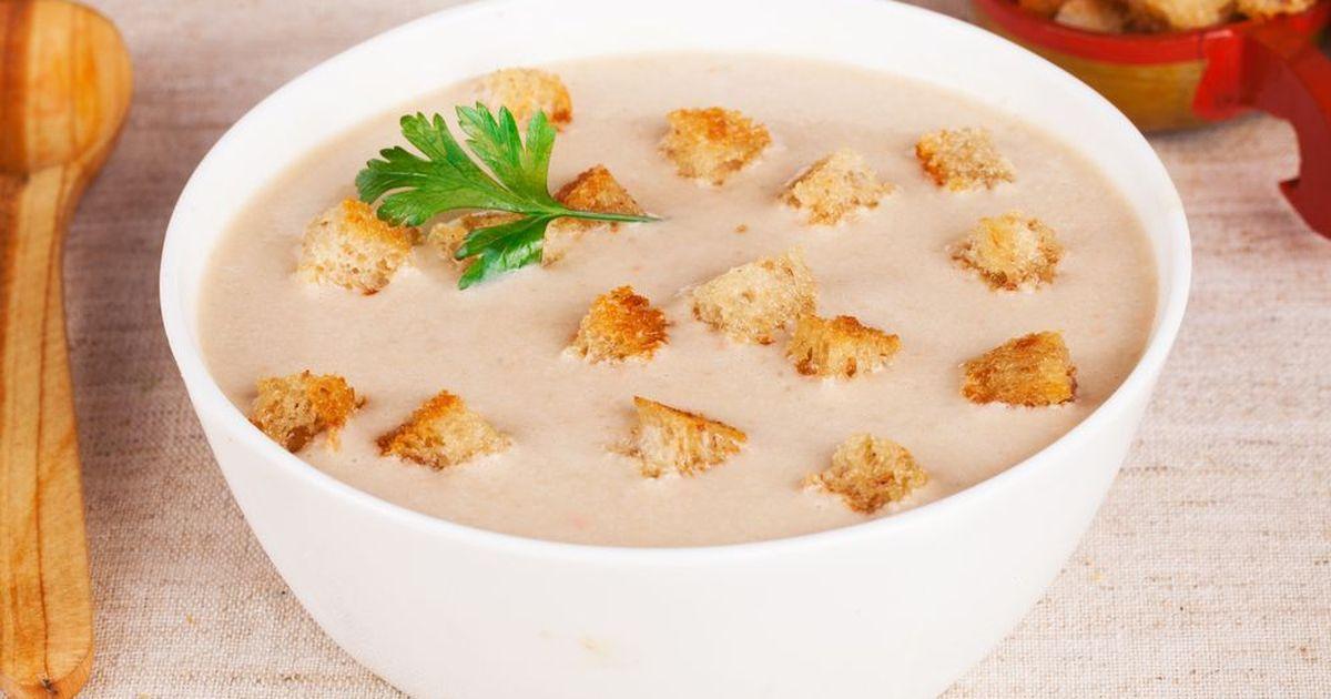 Фото Сырный суп по-французски с чесночными гренками