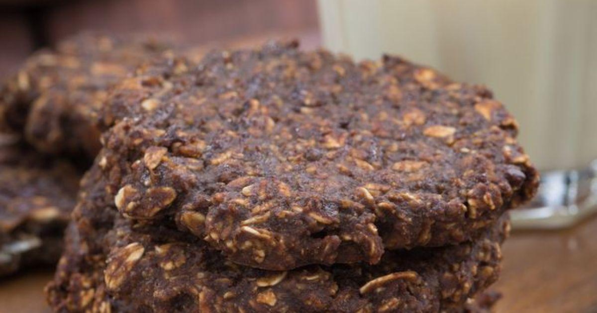 Фото Шоколадное овсяное печенье без сахара