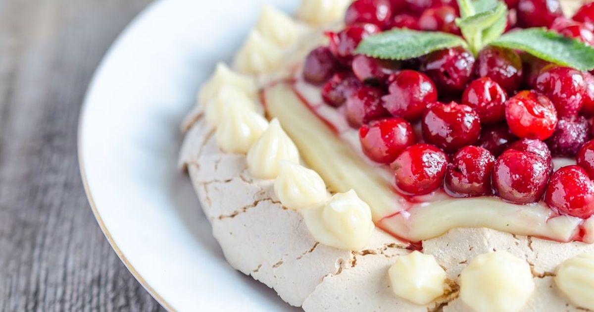 Фото Швейцарские меренги с фруктами