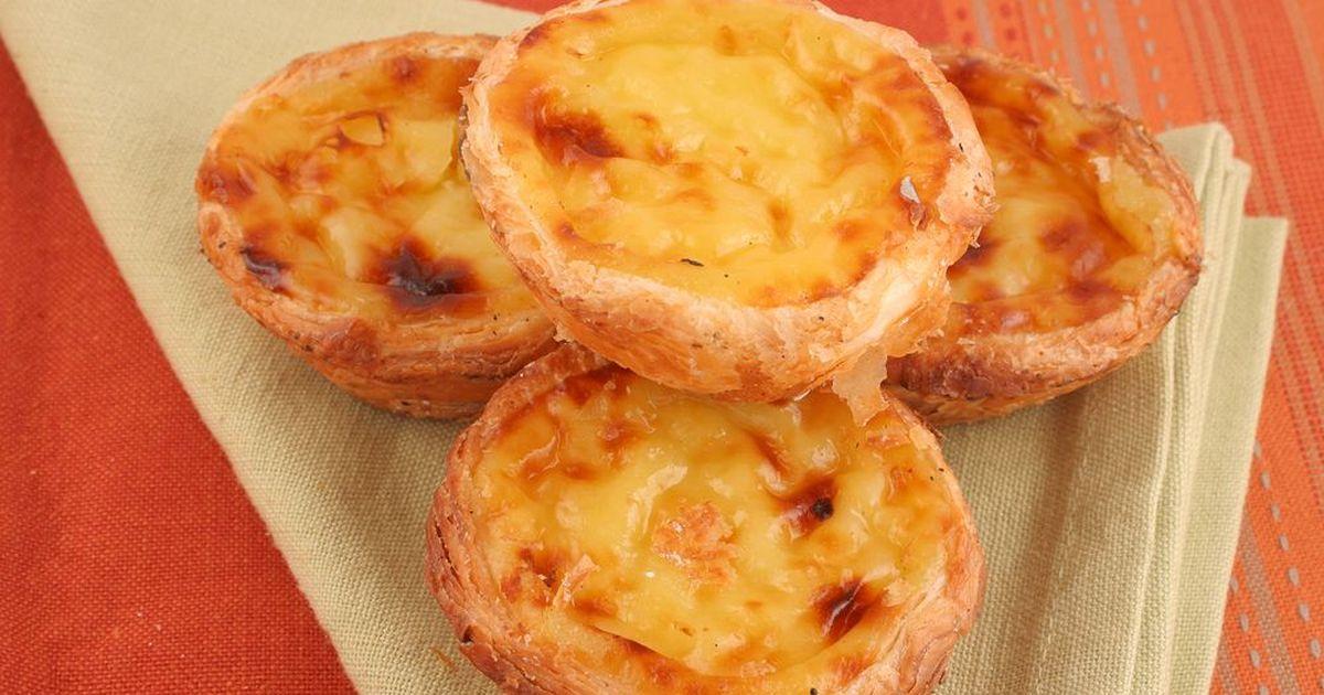 Фото Португальские пирожные с заварным кремом