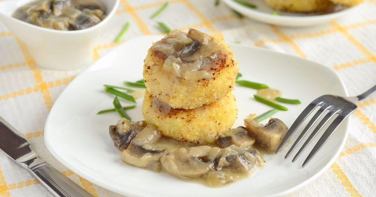 Фото Картофельные котлеты с грибной начинкой