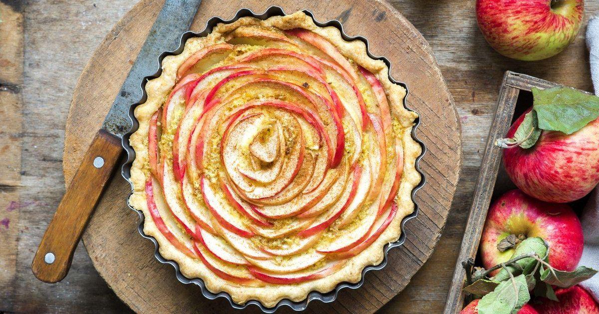 """Фото Яблочный пирог """"Чайная роза"""""""