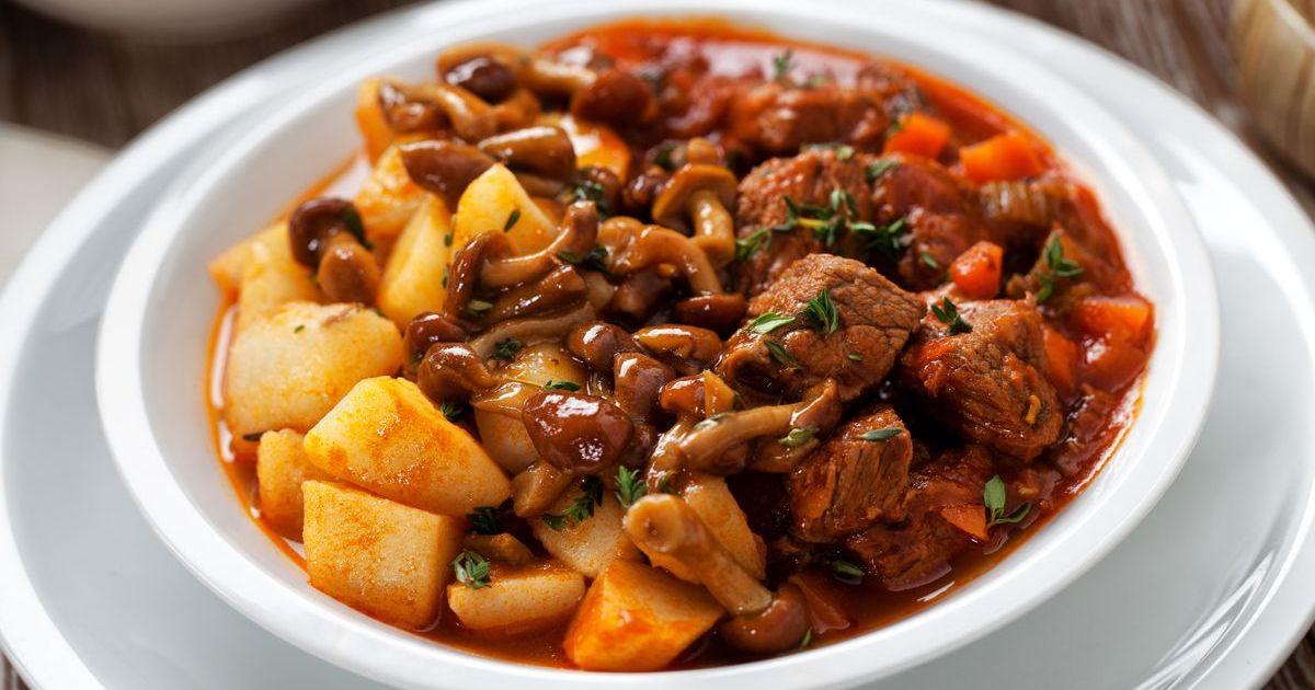 Фото Говядина с картофелем и грибами