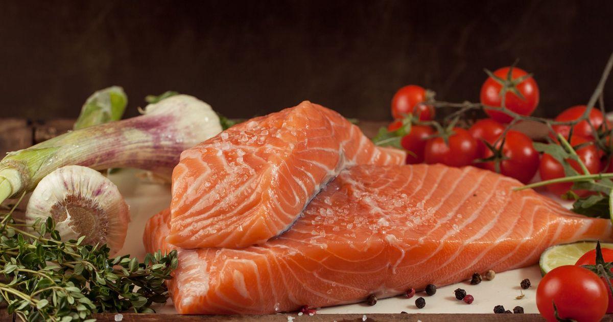Фото Соленая красная рыба