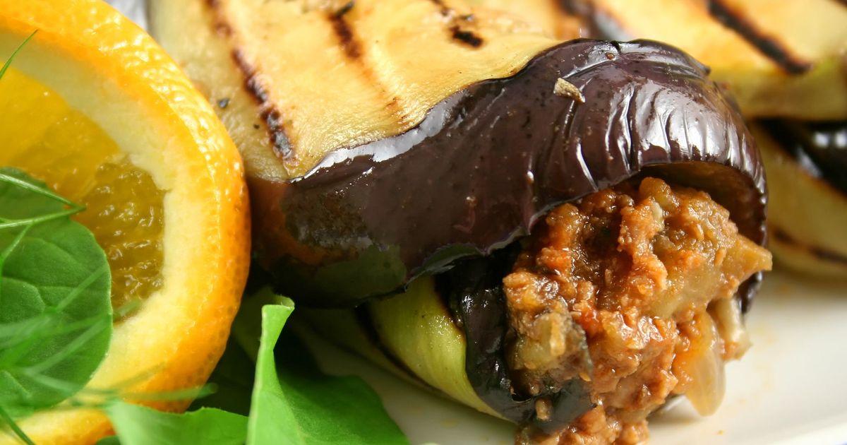 Фото Рулетики из баклажанов с мясом