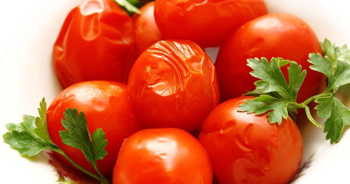 Фото Быстрые малосольные помидоры в пакете